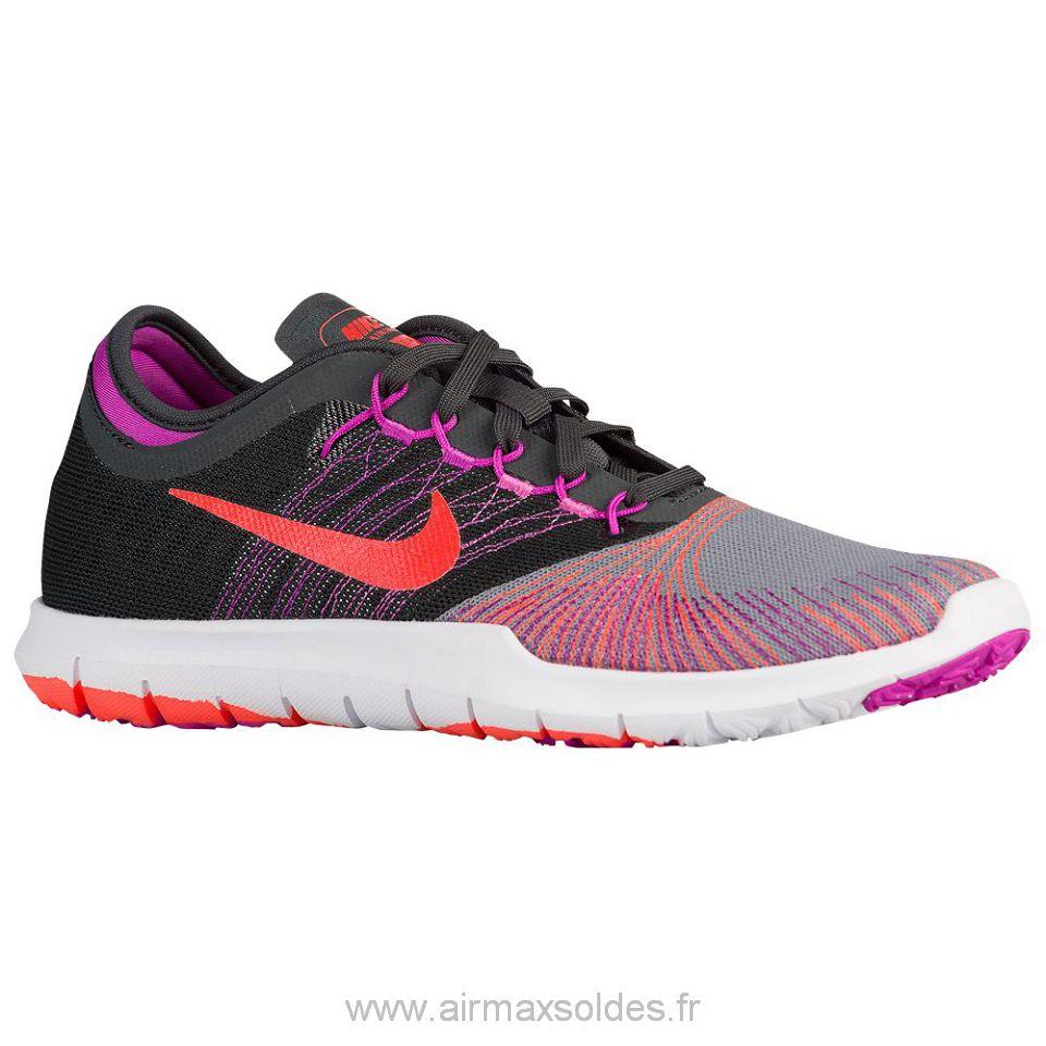 Liquidation Une Nike Training Vente De Femme Prix Basket 5A4LjR